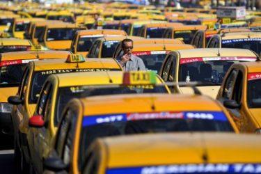 Probleme pentru șeful taximetriștilor. Fraudă de sute de mii de euro din fonduri europene
