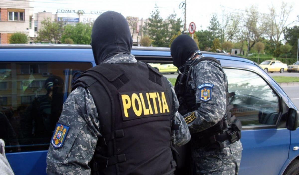 Razie a Poliției Capitalei în Târgul Vitan: Amenzi aplicate și marfă confiscată
