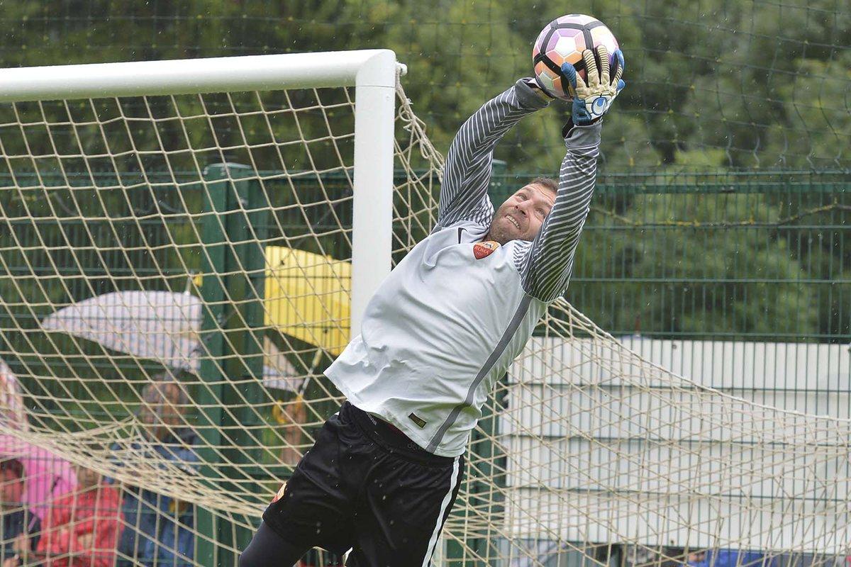 Bogdan Lobonț și-a anunțat retragerea din fotbal