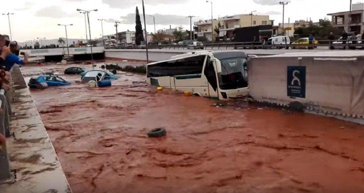 Atenţionare de călătorie! Precipitaţii abundente şi vânt puternic în Grecia 22