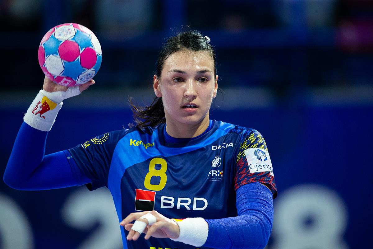 PERFORMANȚĂ! Cristina Neagu a urcat pe primul loc în topul marcatoarelor din Liga Campionilor 2