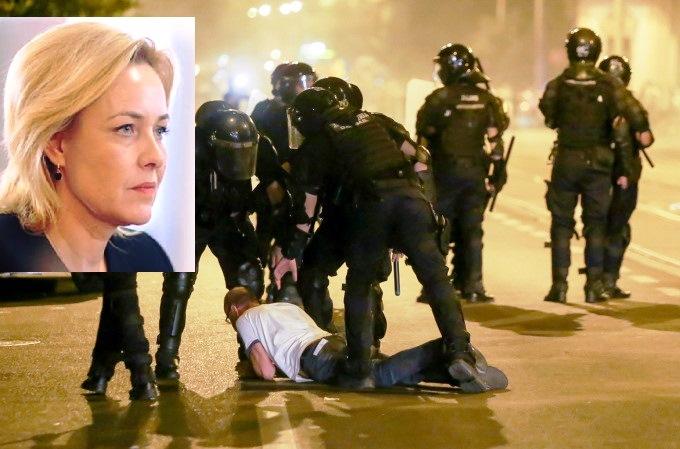 ALERTĂ. PSD dă puteri sporite jandarmilor care i-au gazat pe români în 10 August 2018