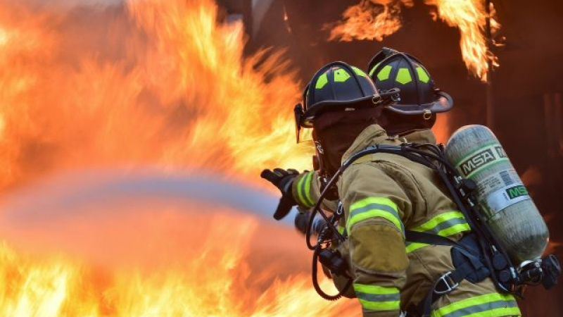 Newsbucuresti.ro: Incendiu la un hipermarket din București în zona Grozăvești 64