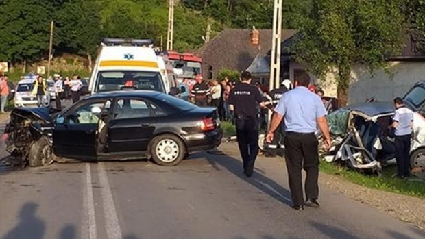 Newsbucuresti.ro : Un bucureștean beat și fără permis a lovit 12 mașini parcate pe o stradă din Brașov 6