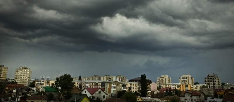 ALERTĂ METEO! Cod galben de vânt în în judeţe din Moldova, până la ora 20:00 12