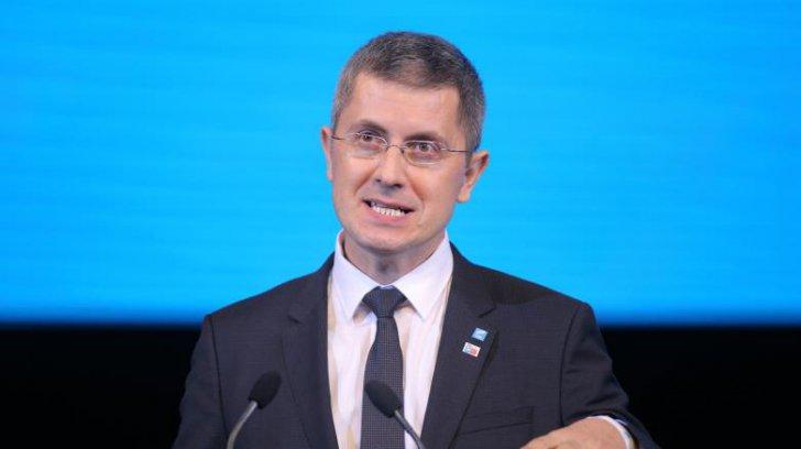 """Newsbucuresti.ro: Dan Barna propune """"să fie condiționată intrarea în anumite spații"""" pentru persoanele nevaccinate 13"""