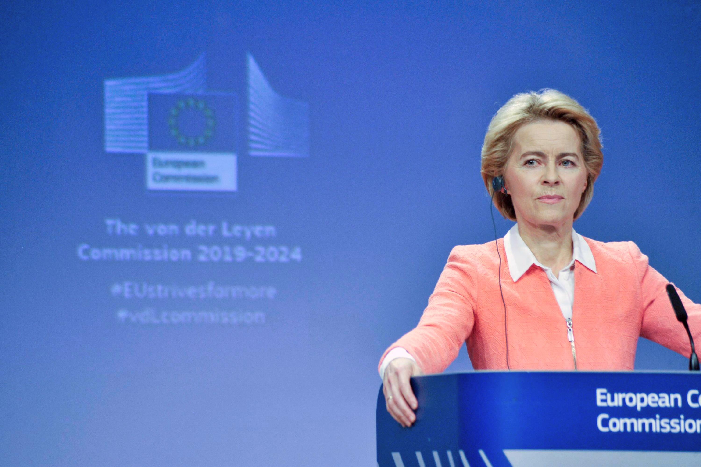 """Avertisment major de la Bruxelles pentru Guvernul Cîțu, după vizita șefei Comisiei Europene, Ursula von der Leyen! """"România riscă să piardă banii europeni!"""" 10"""