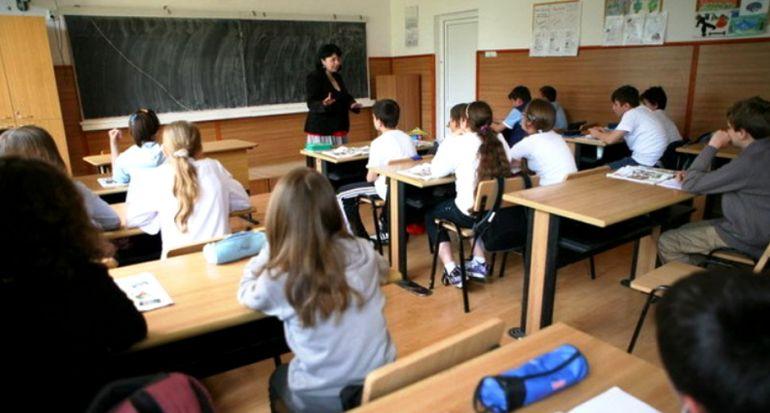 ALERTĂ! Trei sferturi dintre profesori și părinți și peste jumătate dintre copii consideră necesară redeschiderea școlilor 1