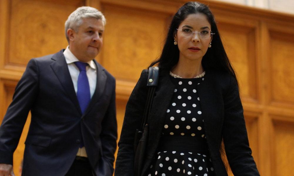 Fostul ministru al justiției Ana Birchall de partea lui Orban. Florin Iordache desființat