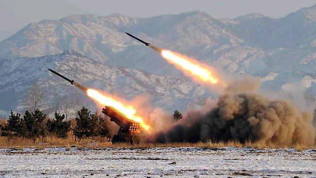 ALERTĂ! Cinci rachete, lansate asupra aeroportului din Kabul 12