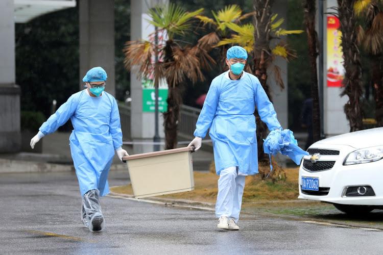 Virusul ucigaș. Patru români evacuaţi din China sunt în carantină în Franţa şi Germania 3