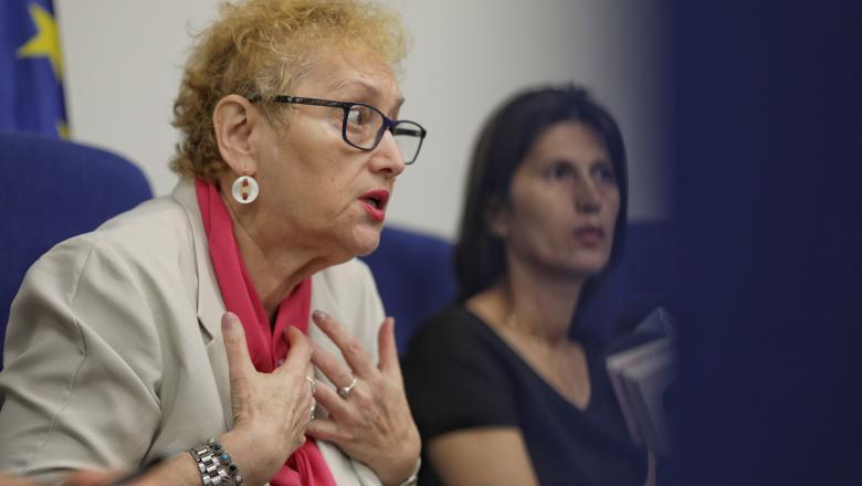 PANICĂ! Vine lovitura necruțătoare pentru Avocatul Poporului,Renate Weber! 1