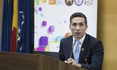ULTIMA ORĂ! Coordonatorul campaniei naţionale de vaccinare, Valeriu Gheorghiță, a fost vaccinat marți dimineața 12