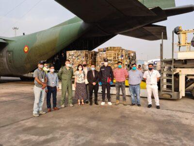 Newsbucuresti.ro:Echipamentele medicale trimise Indiei au ajuns la New Delhi. FOTO 11