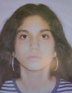 ALERTĂ! Una dintre cele cinci adolescente dispărute dintr-un centru de plasament a fost găsită în Dorohoi. FOTO 6