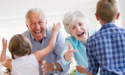 Vești bune pentru bunici! Câți bani ar putea primi lunar! Ce condiții trebuie să îndeplinească 11