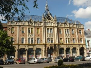 Newsbucuresti.ro: Daniel Ghiță acuză Budapesta! Ungurii cumpără clădiri istorice din Transilvania! FOTO 11