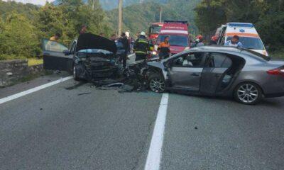 Accident cumpilt! 7 persoane rănite! Traficul este complet blocat pe DN 7, în județul Vâlcea 19