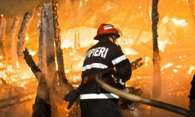 Pompierii români care acţionează în Grecia au, duminică, misiunea de a asigura protecţia a trei localităţi 17