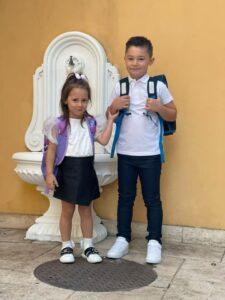 Newsbucuresti.ro: Bunicul Piedone – apariție surpriză la deschiderea școlii unde învață nepotul său; Ce mesaj a transmis deputatul Vlad Popescu Piedone, fiul edilului de la Sectorul 5 / FOTO 16